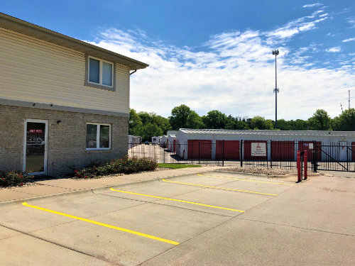Storage Units in Lincoln, NE | Big Red Self Storage